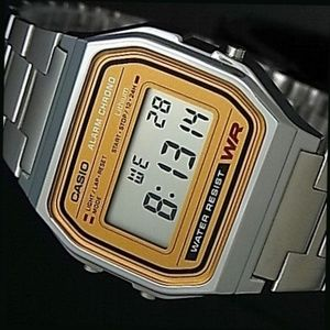 Casio Vintage Digital Watch Alarm Stopwatch Light